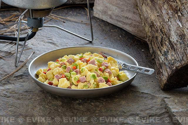 Mountain House Freeze Dried Meal - Scrambled Eggs with Ham and Peppers