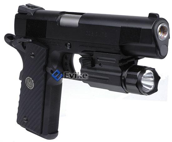z AIM Sports Pistol & Rifle 1 Watt LED Flashlight / Weaver Mount / Quick Release