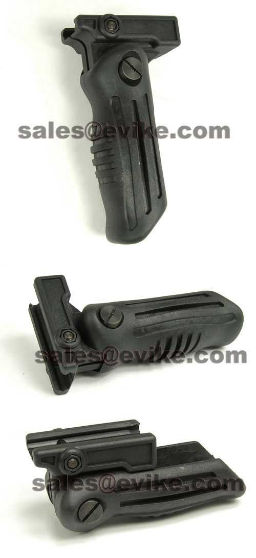 Tactical Folding Vertical Support Grip for RIS / RAS / Weaver (Black)