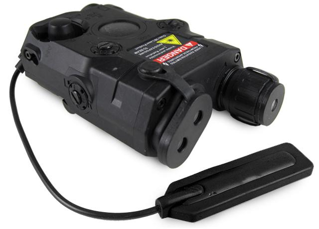 Matrix PEQ-15 Type Laser / Flashlight Combo w/ Remote Pressure Switch - Red Laser (Color: Black)