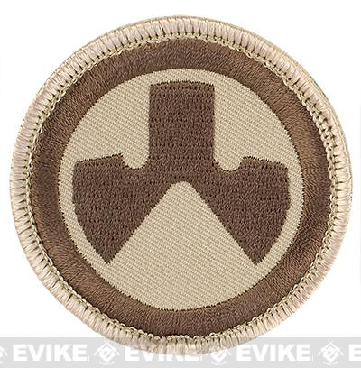 z MAGPUL™ Logo Patch - Desert Tan