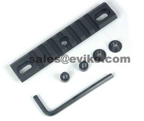 Steel 4 Modular Accessory Handguard Rail / Weaver for M4 / AR / M16 Series Rifles. (one)