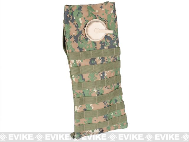Matrix MOLLE Hydration Carrier w/ Bladder - (Digital Woodland)