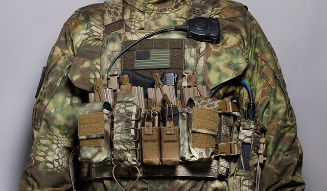Haley Strategic HSP D3CR Disruptive Environments Chest Rig - Coyote