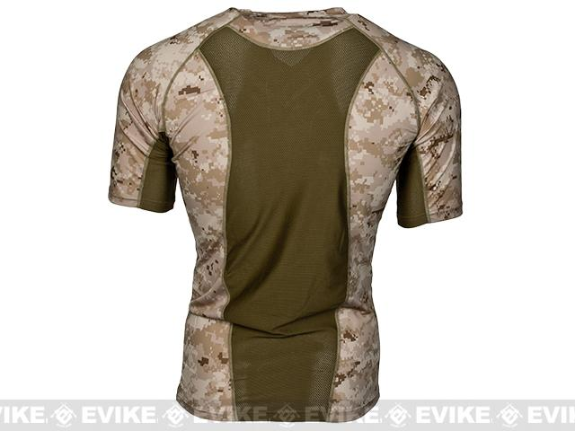 Emerson Skin-tight Base Layer Camo V-Neck Running Shirt - AOR-1 (Size: Large)