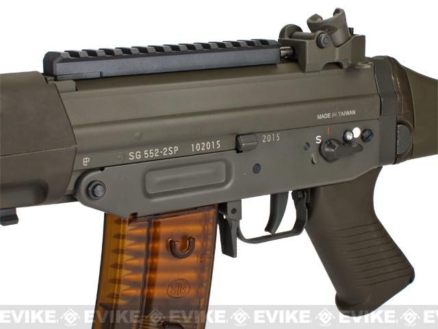 G&G Swiss Arms Sig Sauer Licensed SG552 Full Metal Airsoft AEG Rifle - (Package: Gun Only)