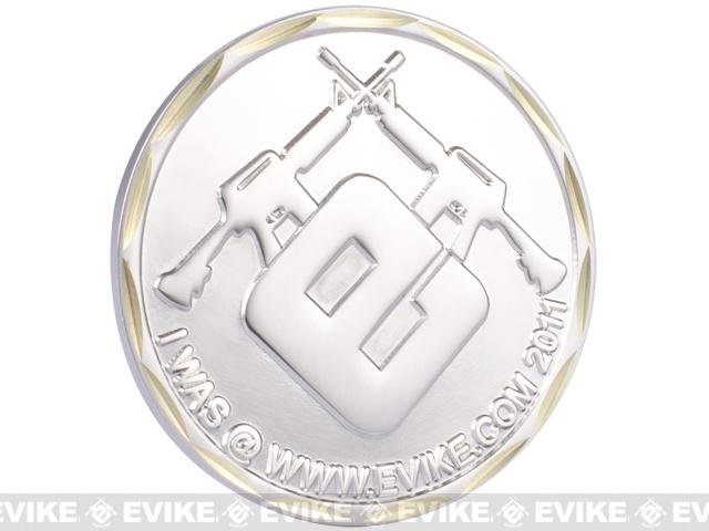 z Evike.com 2011 Limited Edition Brass 50mm Collectible Challenge Coin