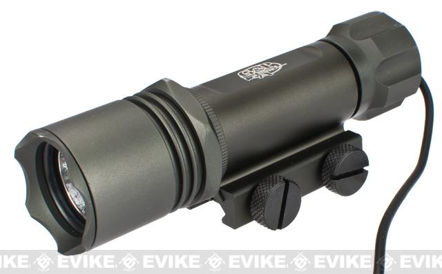 G&P M6 Tactical Weapon Light (250 Lumen CREE / Weaver)