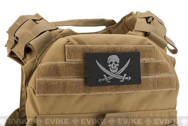 Griffon Industries Hook & Loop IR Jolly Roger Patch - Black