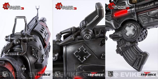 z TriForce Limited Edition Gears of War 3: Locust Hammerburst II Full Scale Replica