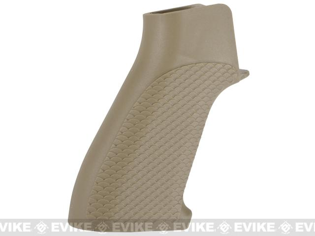 G&P Snake Skin Pistol Grip for M4 / M16 Series Airsoft AEG Rifles - Sand