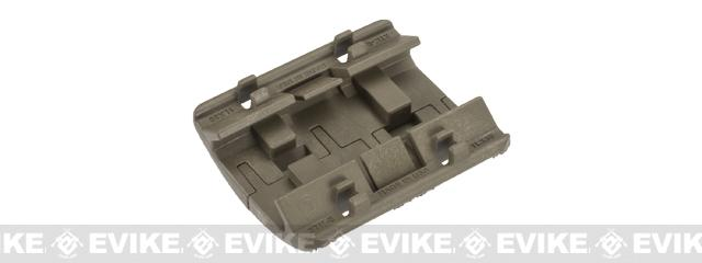 Magpul XTM Enhanced Rail Panel Covers (Color: Flat Dark Earth)