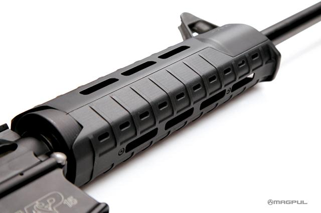 Magpul MOE-SL Handguard - Carbine Length for AR15 / M4 Series  - Black