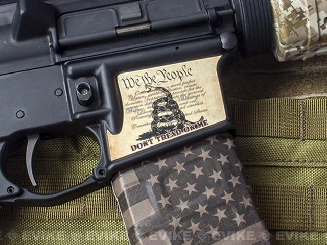 US NightVision Rapid Wraps™ Magwell Slaps - US Flag (Stealth Black)