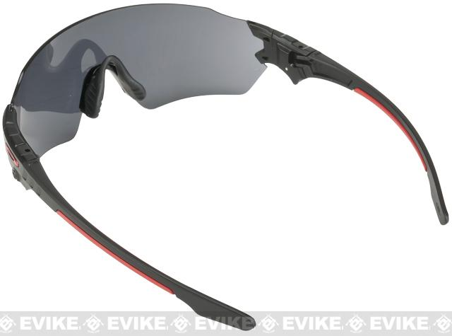Oakley SI Tombstone� Spoil Matte Black w/ Tombstone� Carrying Case - Black Iridium