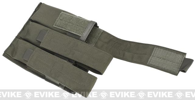 Matrix Airsoft SMG Triple Magazine MOLLE Pouch - Digital Desert
