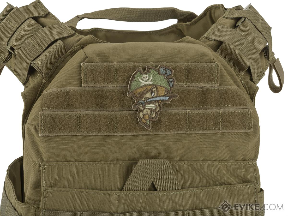 Mil-Spec Monkey Pirate Girl Morale Patch (Color: Arid)