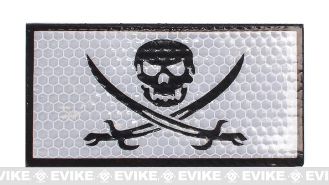 Reflective Skull & Swords Patch - White