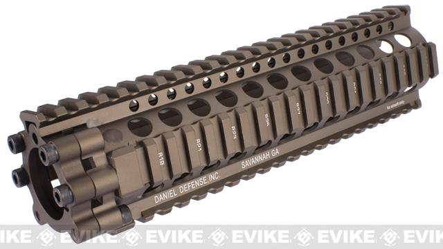 Madbull Licensed Daniel Defense Desert Combat Edition AR15 Lite Rail Airsoft AEG Version (9 / Desert Tan)