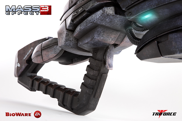 z TriForce Limited Edition Mass Effect 3: Geth Pulse Rifle Full Scale Replica