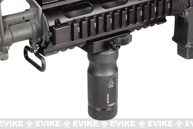 UTG MS QD Low Pro Lever Lock Combat Quality Metal Foregrip